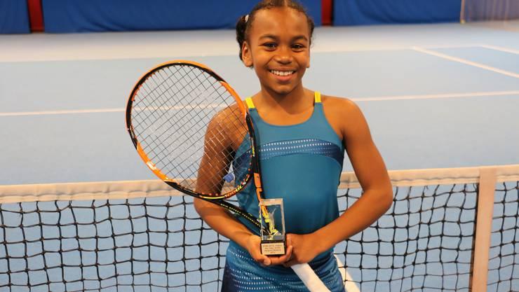 Die 10-jährige Schülerin aus Kaiseraugst setzte sich bei den Aargauer Juniorenmeisterschaften in der Kategorie U12 souverän durch.