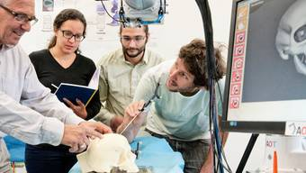 Im Baselbiet gibt es mehr Start-ups als in der Stadt – die Laser-Knochensäge der Advanced Osteotomy Tools AG jedoch steht in Basel.