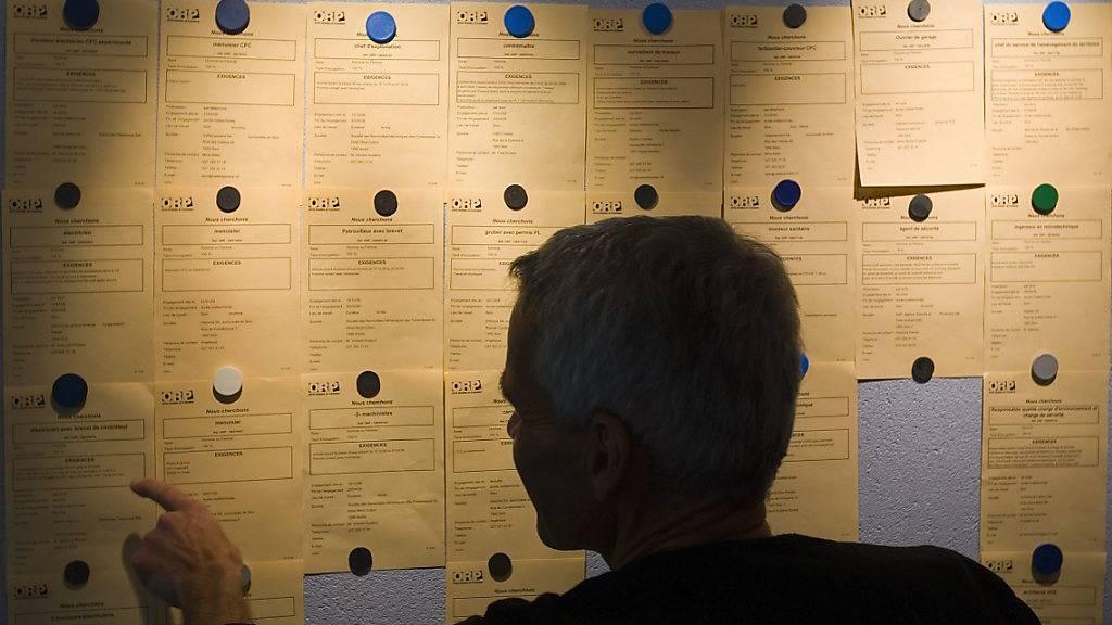 Arbeitslosigkeit: Die finnische EU-Präsidentschaft möchte die «Koordinierung der Sozialversicherungssysteme» bis Jahresende unter Dach und Fach bringen. Darunter fällt auch die neue Regelung für arbeitslose Grenzgänger, die für die Schweiz teuer werden könnte. (Symbolbild)