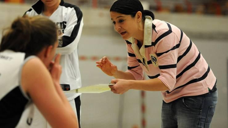 Assistenztrainerin Monica Pileggi übernimmt in Abwesenheit von Ina Nicosia-Schelker das Kommando.
