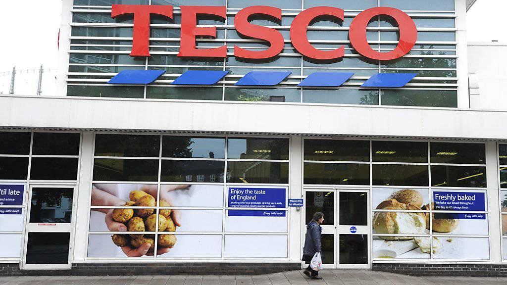 Plant offenbar eine Billigladenkette: der britische Detailhändler Tesco. (Archivbild)