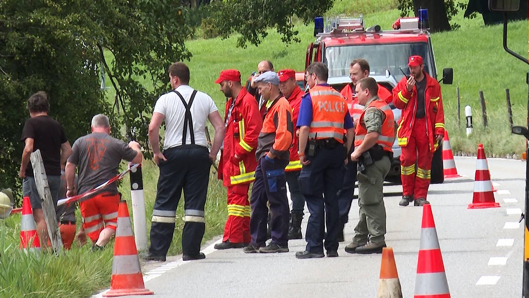 Verletzte bei Militärunfall: Im Simmental landet Fahrzeug in Strassengraben