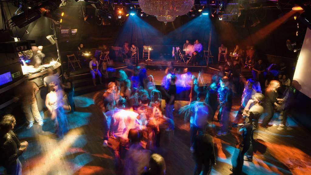 Welche Corona-Regeln gelten nun bei Kinobesuchen oder in Clubs?