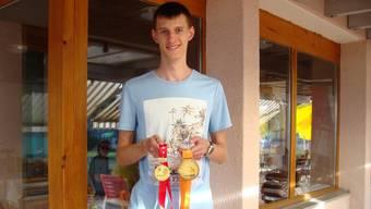 Hat zweimal in Folge die Schweizer Lehrlingsmeisterschaften im Bereich Systemtechnik gewonnen: der Urdorfer Tim Rhomberg. (Archiv)