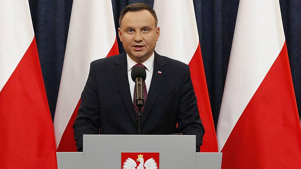 Polens Präsident Duda will das umstrittene Holocaust-Gesetz unterschreiben. (Archiv)