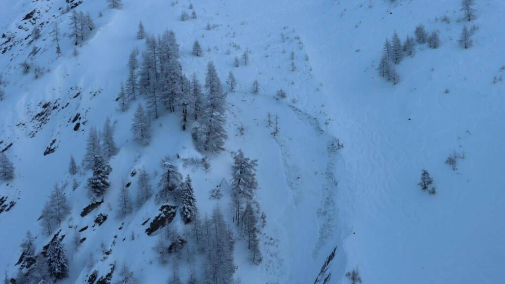 31-jähriger Snowboarder bei Lawinenniedergang in La Fouly getötet