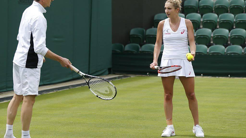 Tennis für einmal Nebensache: Timea Bacsinszky in Wimbledon im Training
