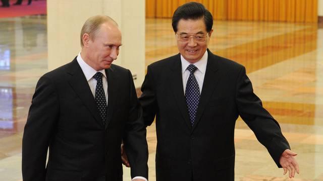 Chinas Staatschef Hu Jintao empfängt den russischen Ministerpräsidenten Wladimir Putin in Peking