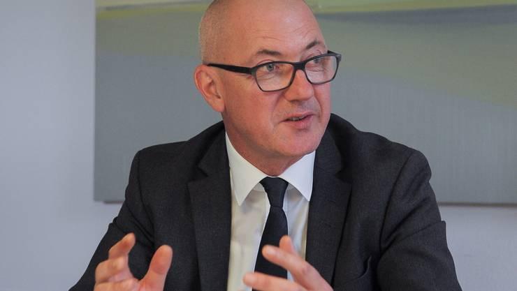 Der Baselbieter Sicherheitsdirektor Isaac Reber präsentiert die Bilanz zur Kooperation der Staatsanwaltschaft und der Polizei .