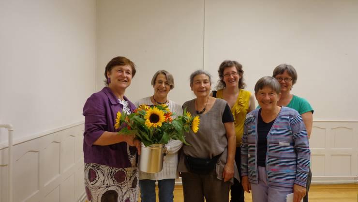 Bildlegende von links nach rechts:  Kathie Wiederkehr, Catherine Courvoisier, Marga Mülli, Birgit Kaufmann, Doris Züst, Eva Marti Pauli