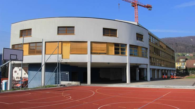 Das Schulhaus Zehntenhof aus den 60er Jahren ist bald weg