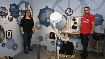 Angela Kummer übergibt die Leitung des Kultur-Historischen Museums Grenchen an Marco Kropf.