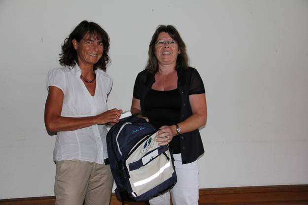 Die neue Geschäftsführerin Rebekka Hansmann (l.) übernimmt die Dossiers von Doris Eichenberger vom Spitex Verein Eigenamt