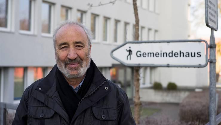 Rolf Widmer sagt dem Gemeindehaus mit guten Erinnerungen Adieu – Eine dritte Weltreise steht jetzt auf dem Programm. Alex Spichale