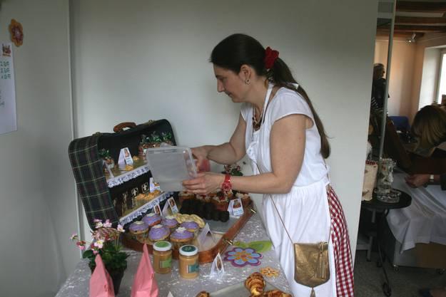Zuckerbäckerin Nicole Calibran und ihr verführerischer Koffer