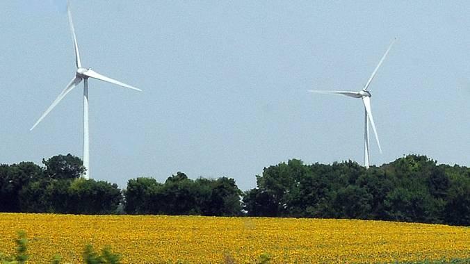 In der Theorie ist die Energiewende akzeptiert. Wie viele Bürger sich jedoch ein Windrand hinter ihrem Haus vorstellen können, ist unklar.