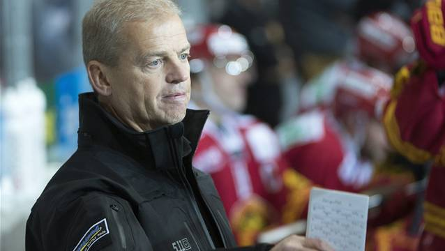 Langnaus Cheftrainer Bengt-Ake Gustafsson hat derzeit wahrlich nichts zu lachen.