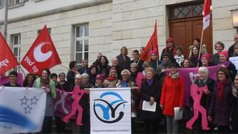 Vergangenes Jahr übergaben mehrere Gruppierungen Ratspräsident Benjamin Giezendanner 1200 Unterschriften für den Erhalt der Fachstelle Gleichstellung – vergeblich.