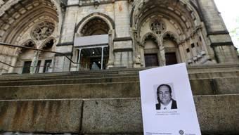 Die Kirche wurde weiträumig abgesperrt