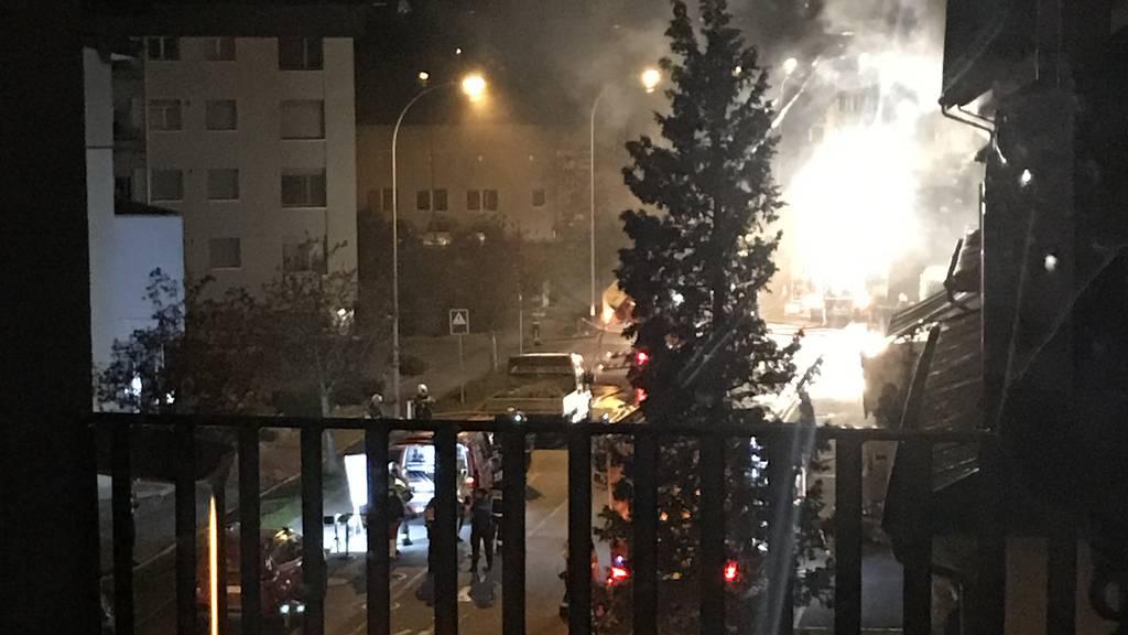 Zwei Personen bei Brand in Mehrfamilienhaus verstorben