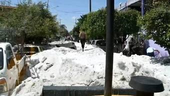 Seltener Anblick: dicke Eisschichten in der westmexikanischen Stadt Guadalajara.