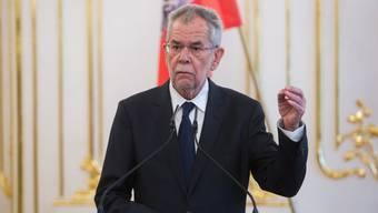 Der österreichische Bundespräsident Alexander Van der Bellen hat sich mit einer Kopftuch-Aussage keinen Gefallen getan.