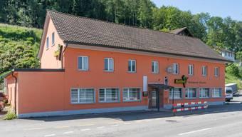Zükfü Ilkhan will das seit 2015 leerstehende Restaurant Kolibri an der Hauptstrasse 1 in Wöschnau-Eppenberg umnutzen und in ihm künftig einen türkischen Gemüseladen einquartieren.