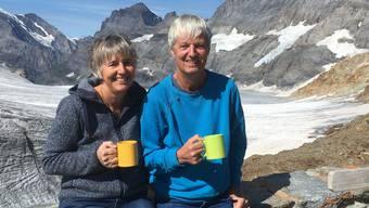Erika und Toni Brunner sind seit 16 Jahren Hüttenwarte der Mutthornhütte in den Berner Alpen.