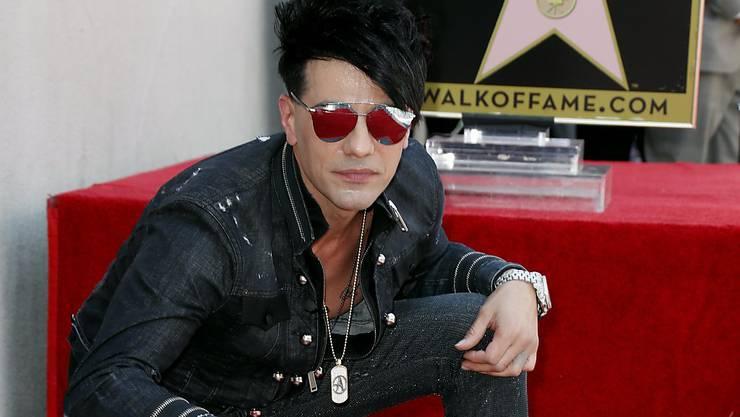 """Am Donnerstag enthüllte der Illusionskünstler Criss Angel die 2615. Plakette auf dem berühmten """"Walk-of-Fame""""-Bürgersteig im Herzen von Hollywood."""