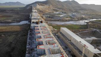 Dieser Damm spaltet Ostafrika: Mit dem Renaissance-Staudamm will Äthiopien Strom produzieren. Ägypten und der Sudan fürchten, dass ihnen das Wasser ausgeht. (Bild: Keystone)