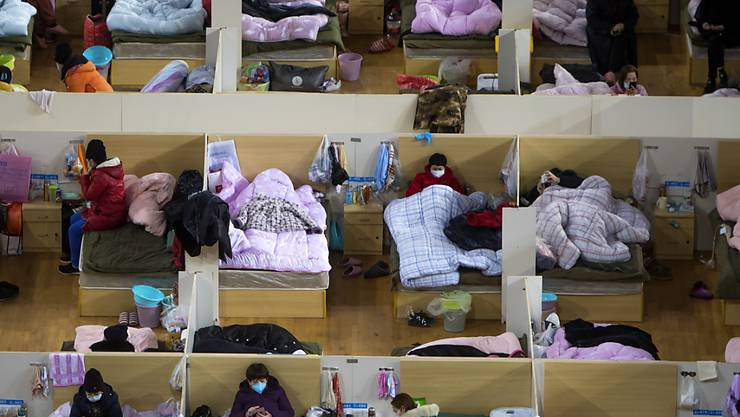 Ein provisorisches Spital für Coronavirus-Patienten im Wuhan Sports Center in der besonders betroffenen chinesischen Stadt Wuhan.