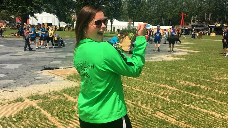 Corina Ritter (28), TV Buus (BL): «Für das Turnfest haben wir ein neues Ausgangshirt mit einem Rebstock drauf – wie auf unserem Dorfwappen. Jeder hat es selber finanziert. Den Trainer erhielten wir zum Vereinsjubiläum.»
