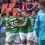 Der St. Galler Jubel im St.-Jakob-Park freut den Basler Goalie Jonas Omlin nicht