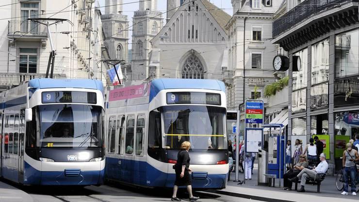 Der Verkehrsfonds wird verwendet, um Investitionen in die Infrastruktur von Bus und Tram zu finanzieren. (Symbolbild)