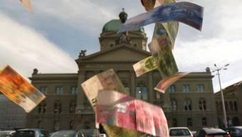 Der Bund kann weiterhin Steuern erheben. Das Stimmvolk hat die Verfassungsgrundlage für die direkte Bundessteuer und die Mehrwertsteuer um 15 Jahre verlängert. (Symbolbild)