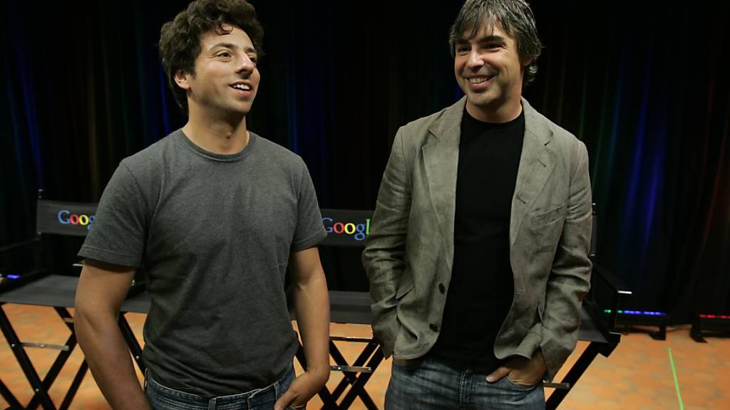 Treten ab: die beiden Google-Gründer Sergey Brin (links) und Larry Page. (Archivbild)