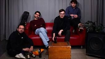 Mu:n ist bereit für den Album-Release am 6. Januar im «Isebähnli» in Baden (v. l.): Djamal Moumène, Noah Weber, Tobias Pfister und Vito Cadonau.