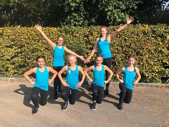 Das jüngere Team nach ihrem ersten Wettkampf in dieser Zusammenstellung am Nordwestschweizer Aerobic-, Geräte- und Gymnastik Cup.