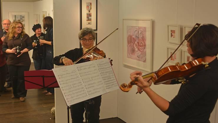 Esther Inäbnit-Gautschi (links) und Mirjam Siegrist sorgten für Musik.ELÜ