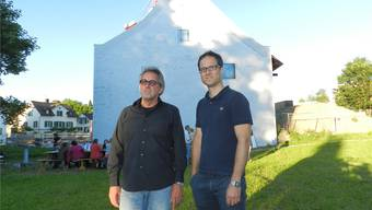 Architekt Hans Furter mit seinem Sohn, dem Vereinspräsidenten Fabian Furter. BA