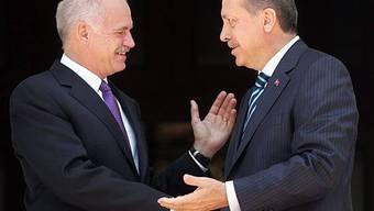 Papandreou (links) und sein Amtskollege Erdogan im Gespräch