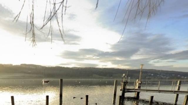 Am Greifensee kommt es nach 25 Jahren ohne Todesfälle zu zwei Badeunglücken (Archiv)