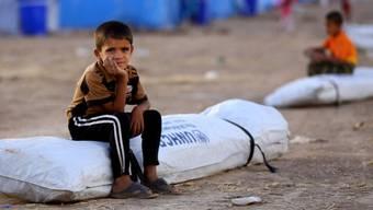 Kind in einem Flüchtlingslager im Irak
