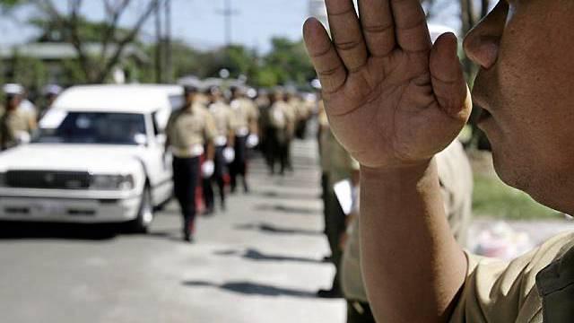 Militär in Manila beugt sich Terroristen