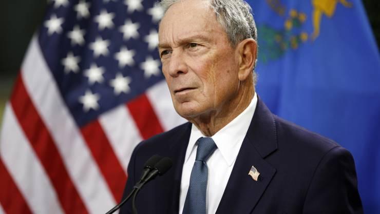 Der ehemalige New Yorker Bürgermeister Michael Bloomberg steigt Medienberichten zufolge für die Demokraten in den US-Präsidentschaftswahlkampf ein. (Archivbild)