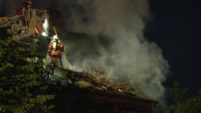 Schon wieder Hausbrand wegen Blitz