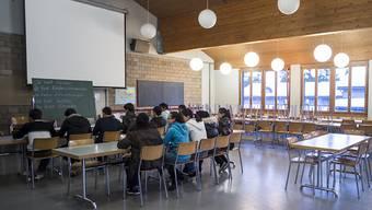 Deutschunterricht im Bundesasylzentrum Glaubenberg: Künftig muss der Kanton Obwalden dort auch ein Grundschulangebot organisieren. (Archivbild)