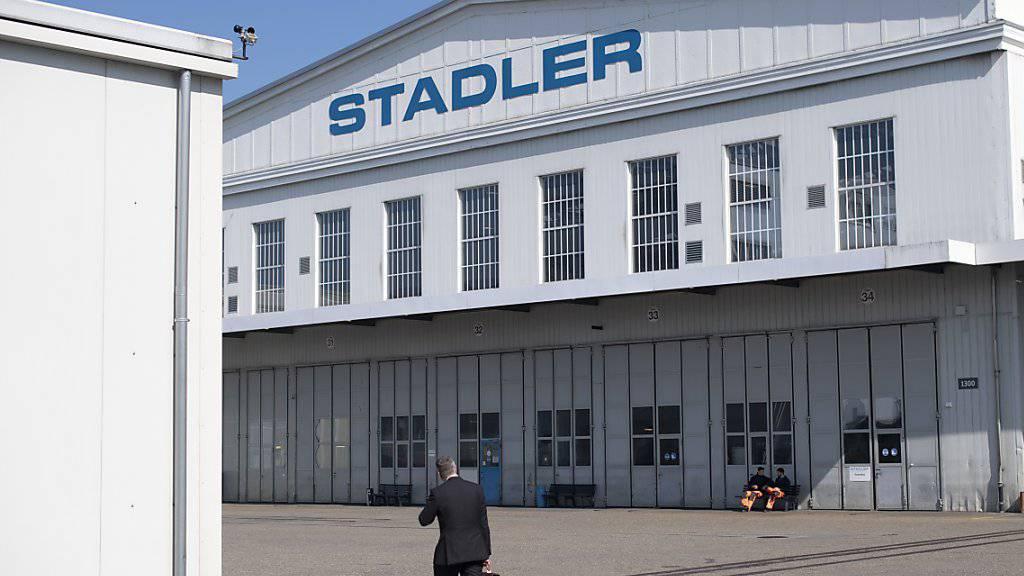 Das Stadler-Werk in Altenrhein erhält einen neuen Chef. Hintergrund sind strategische Differenzen. (Archivbild)