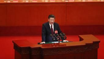Ein für chinesische Verhältnisse ungewöhnlicher Vorgang spielte sich am Donnerstag am Rande des 19. Parteikongresses in Peking ab.