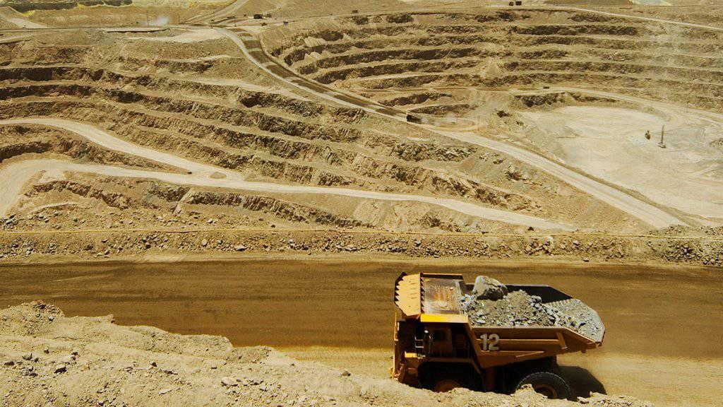 Momentan ist der Abbau von Kupfer und anderen Rohstoffen nicht mehr sehr einträglich: Glencore will deshalb seine Schulden reduzieren.